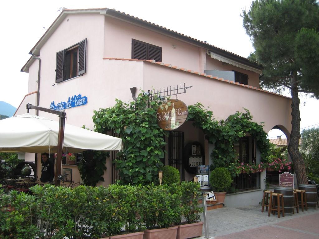 Casa del Vino in Procchio