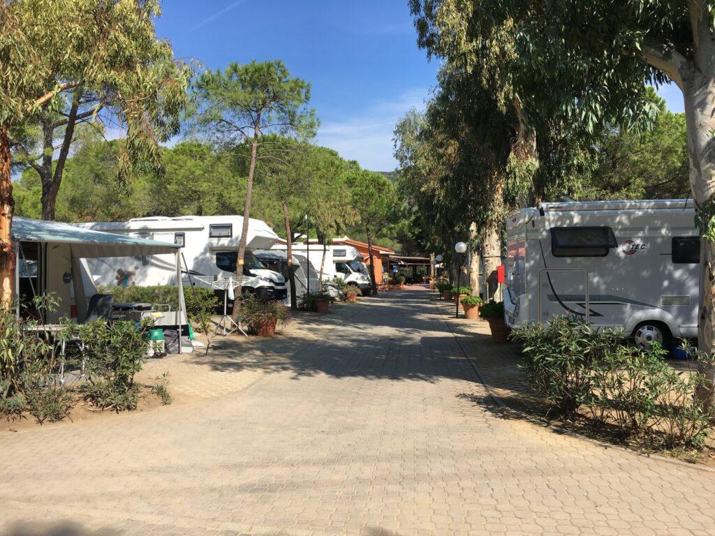Ein Campingplatz auf Elba, und zwar der Ville degli Ulivi in La Foce / Marina di Campo