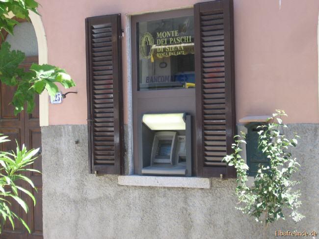 Geldautomat in S. Piero