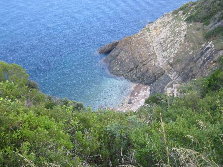 marciana_marina_-_spiaggia_della_crocetta_lbb.jpg