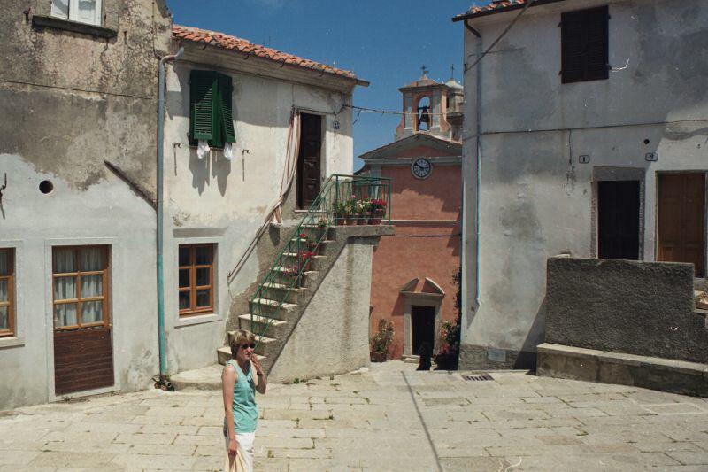 marciana_-_piazzetta_negscan_lbb.jpg