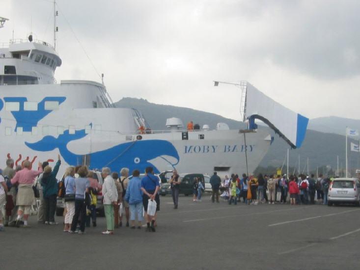 portoferraio_-_faehrhafen_-ausschiffung_lbb.jpg