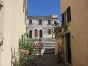 In Sant'Ilario, Aufgang zum Kirchplatz