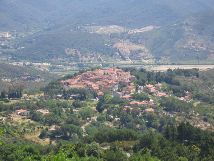 Sant'Ilario, gesehen vom Monte Perone