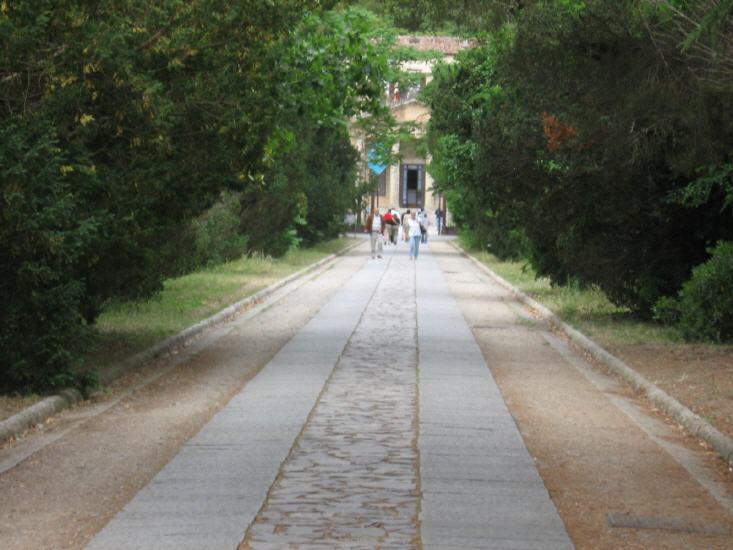 Aufgang zur Villa Napoleone